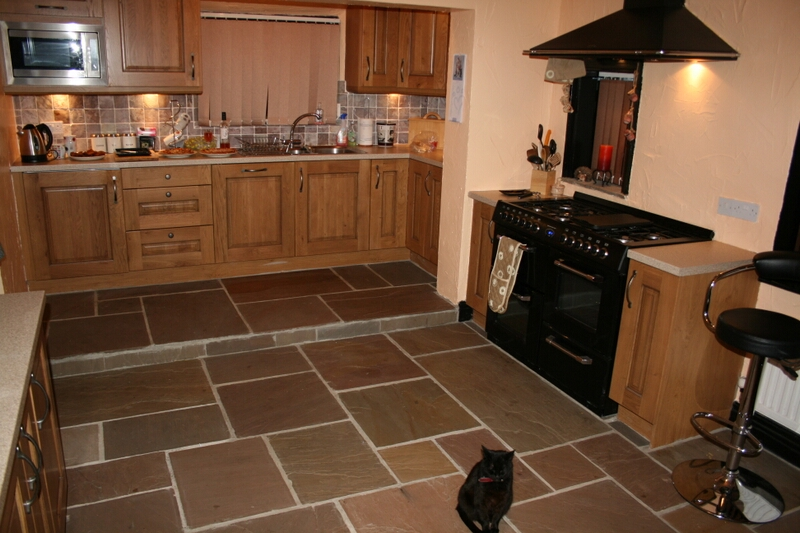 Interior landscaping natural stone floors for kitchens for Flooring for kitchen floors