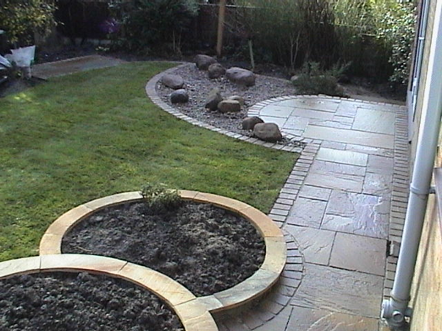 Garden Stone Circles Garden in classic style stone circles yor stone walling edging give your garden the wow factor workwithnaturefo