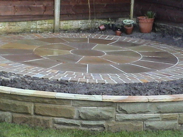 Garden Stone Circles Garden in classic style stone circles yor stone walling edging the photos below demonstrate the use of natural stone to form beautiful curves and circles with the circular theme rippling throughout to totally workwithnaturefo